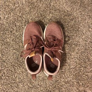 New Balance Fresh foam shoes Size 7.5